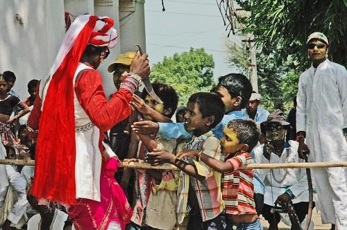 kids-bhilurana-jadhol-fukuhara-9-15-16
